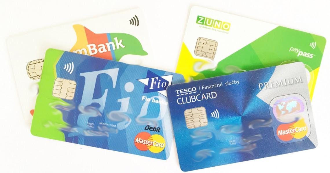Debetna vs. kreditna karta